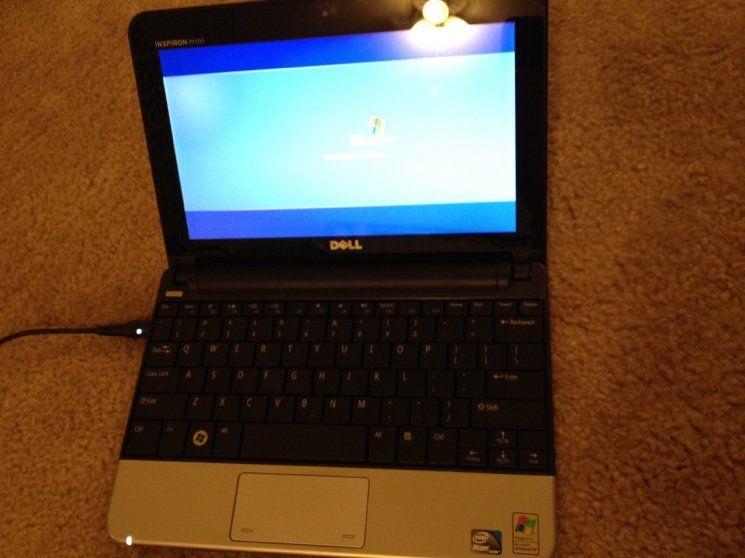 Dell Inspiron Mini 10 Black Netbook